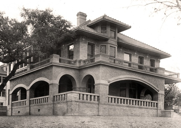 <em>Photograph of the Byrne-Reed House shortly after its construction. Courtesy of Tom Reynolds.</em>