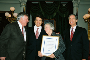 Caldwells receive Humanities Texas Award