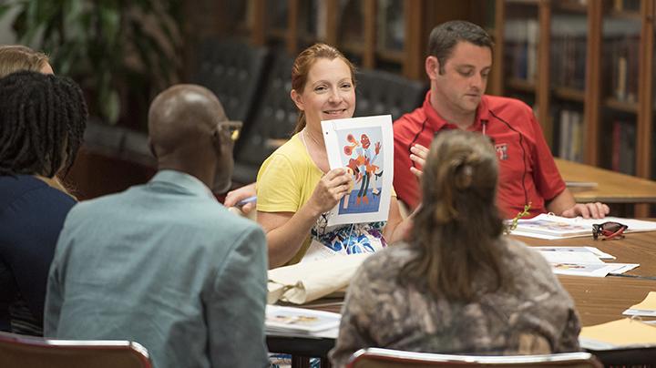 Fall Teacher Workshops This fall, Humanities Texas will hold teacher professional development workshops in Austin, Dallas, Fort Worth, Houston, Midland, and San Antonio.